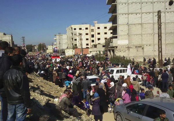 Photo of Photos- Syrian Families Return to Their Town after 3 Years
