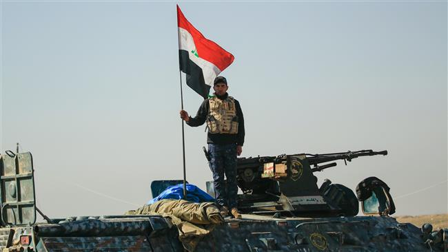 Photo of Iraqi army, volunteer fighters force Daesh terrorists out of Mosul airport