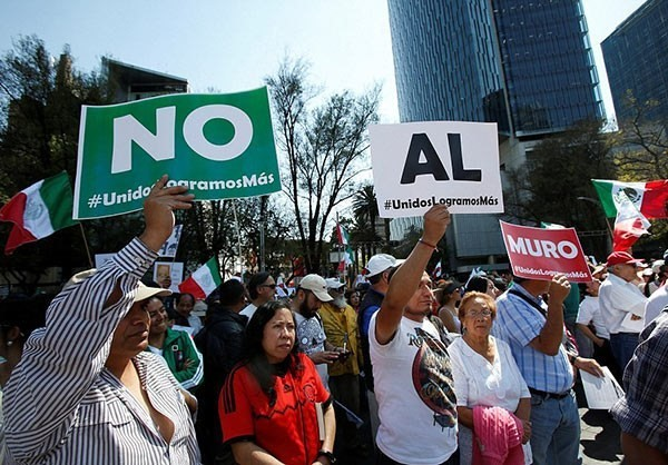 Photo of Photos- Massive Anti-Trump March in Mexico City