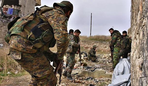 Photo of Kurdish Militants Preparing to Transfer Tishrin Dam Control to Syrian Army