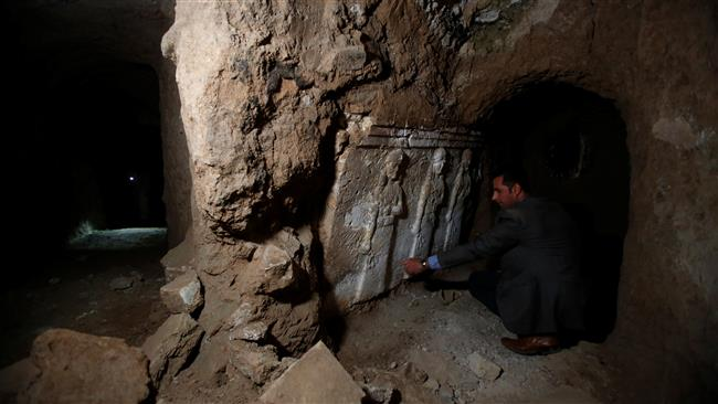 Photo of Tunnels in Mosul show Daesh preserved artifacts for loot