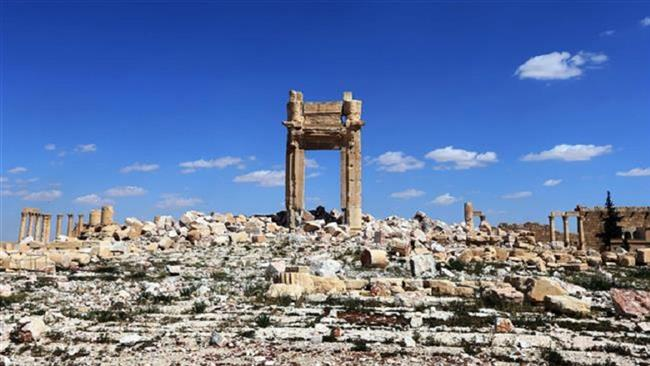 Photo of Daesh pulls back from much of Syrian ancient city: Report