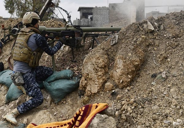 Photo of Photos-Iraqi Federal Police Forces in Clashes with ISIL in Western Mosul