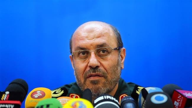Photo of Iran's defense chief rejects US claim of sending arms to Yemen