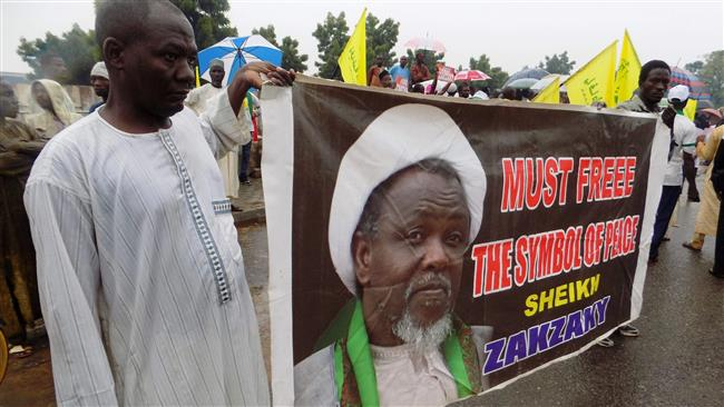 Photo of Zionist Nigeria Rgeime's Police forces fire 'live bullets' at Nigerians urging Sheikh Zakzaky's release