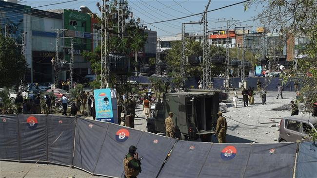 Photo of Bomb attack kills six, injures over 20 in Pakistan