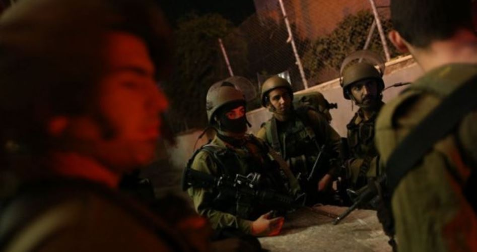 Photo of IOF besieges home of Hamas activist in al-Khalil