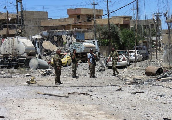 Photo of Photos- Iraqi Forces Completely Liberate Mosul's July 17 Neighborhood after Heavy Clashes