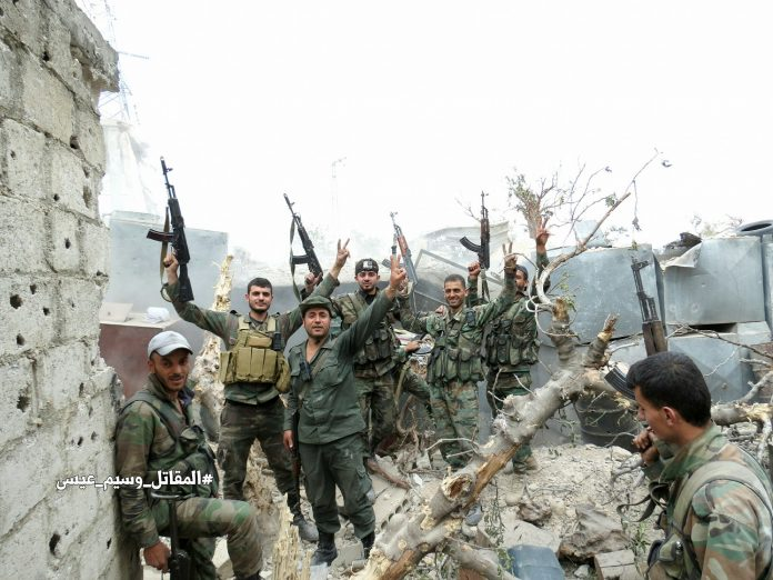 Photo of Syrian Army troops celebrate vital advance in east Damascus