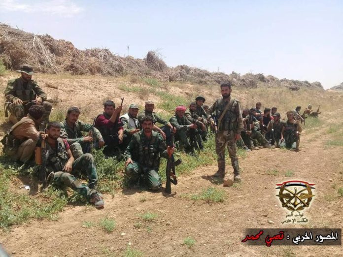 Photo of Syrian Army closer to encircle ISIS stronghold in east Aleppo