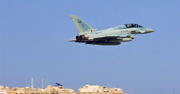 Photo of Zionist Saud's jet mistakenly bombs allied forces in southwest Yemen, four killed