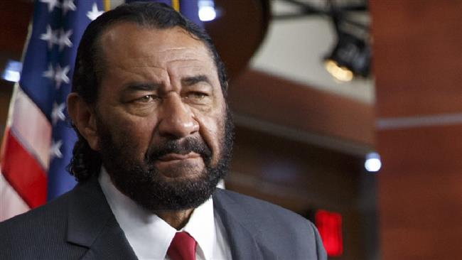Photo of Congressman Al Green threatened with lynching by Trump supporters