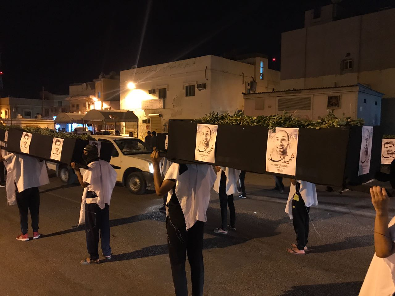 Photo of Bahrain: Symbolic Funeral for Diraz Martyrs, Ayatollah Qassem's Fate Still Unknown