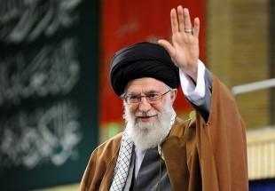 Photo of Leader of Oppressed People Imam Ali Khamenei allocates $100,000 for releasing needy prisoners