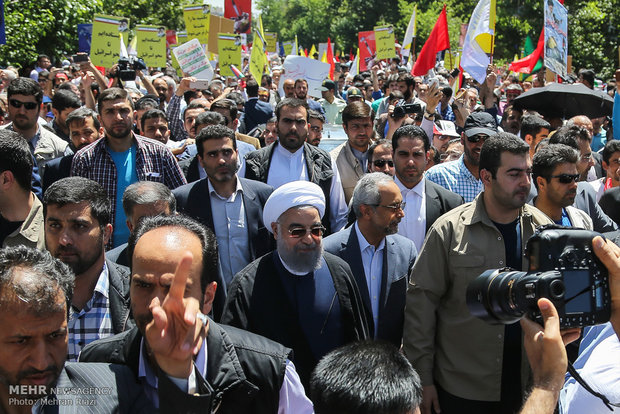 Photo of Iran to maintain resistance against arrogant powers: Rouhani