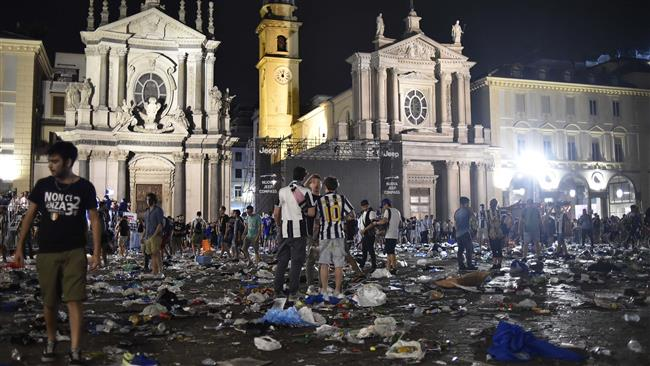 Photo of 1,000 Juventus fans wounded in stampede over bomb scare