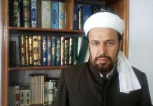 Photo of Late Imam Khomeini revives unity, rapprochement: Sunni cleric