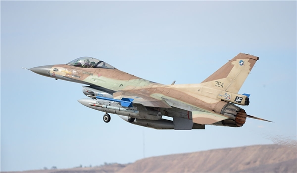 Photo of Zionist Israeli Army Aircraft Target again Syrian Army Positions in Quneitra