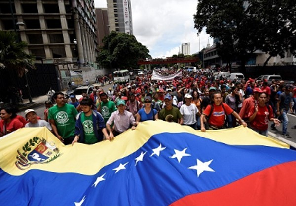 Photo of Photos- Up Against Uncle Sam: Venezuelans Condemn US Military Threats