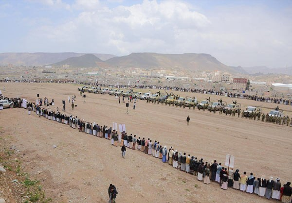 Photo of Yemeni Tribal Forces Gather to Show Readiness in Fight Against Saudi Invader