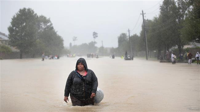 Photo of Harvey brings death, destruction to Houston as flood waters rise