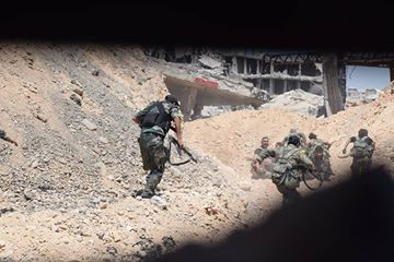 Photo of Syrian Army makes huge advance in east Damascus