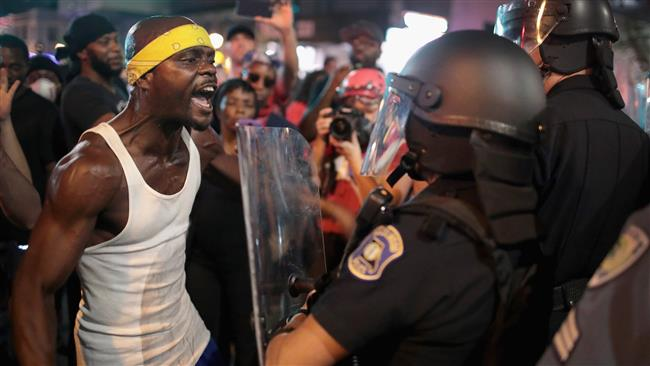 Photo of Over 80 arrested during third night of protests in St. Louis
