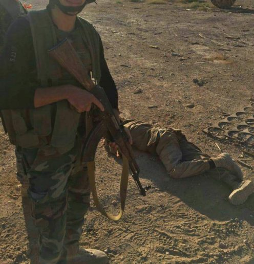 Photo of GRAPHIC PHOTOS: ISIS corpses litter east Homs amid Syrian Army counteroffensive