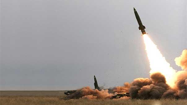 Photo of Houthi missile strike kills scores of Sudanese, Saudi soldiers