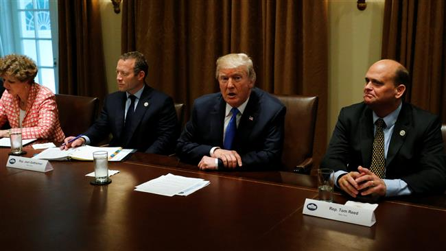 Photo of Coward zionist Trump to 'decertify' Iran deal, but asks Congress not to reimpose sanctions: Reports
