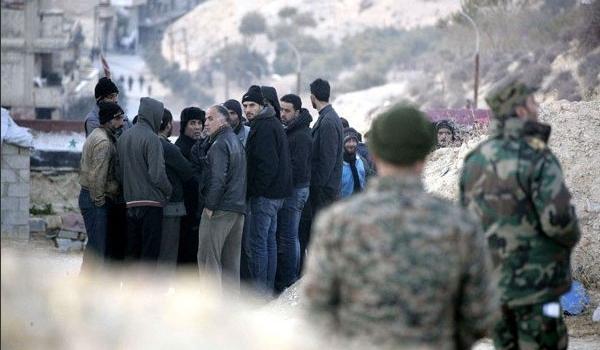 Photo of Over 100 Gunmen Receive Gov't Amnesty in Homs Province