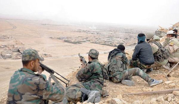 Photo of Syrian Army Makes Fresh Gains towards ISIL's Main Base at Border with Iraq