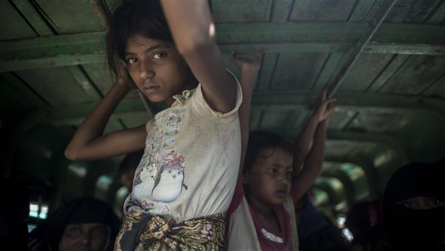 Photo of HRW says Myanmar army raping and executing Rohingya Muslims