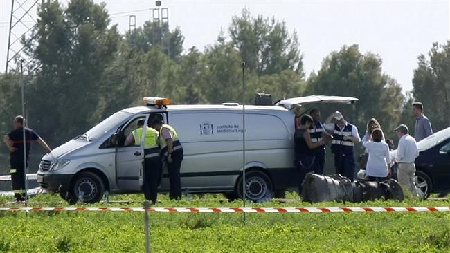 Photo of Spain's Air Force F-18 crashes outside Madrid, pilot killed