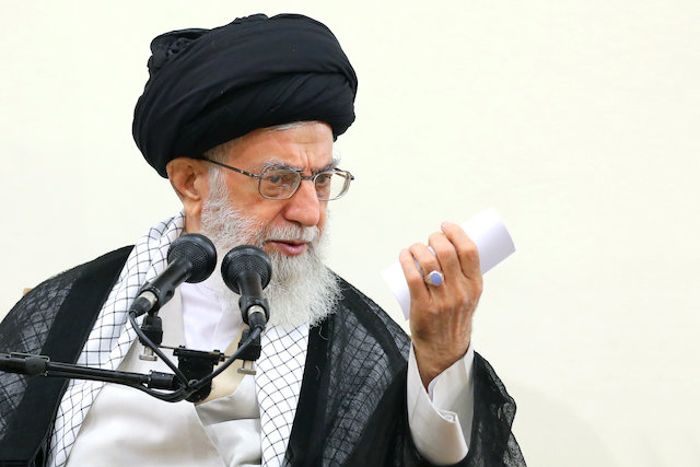 Photo of Leader of Islamic Ummah and Oppressed Imam Ayatollah Khamenei's prediction, of JCPOA ruined by next US president, fulfilled