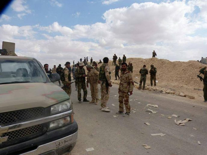 Photo of Syrian Army liberates new village east of Euphrates River, encircles ISIS in Deir Ezzor city