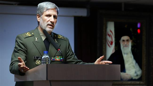 Photo of Secessionist efforts in Iraq detrimental to Middle East: Iran defense minister