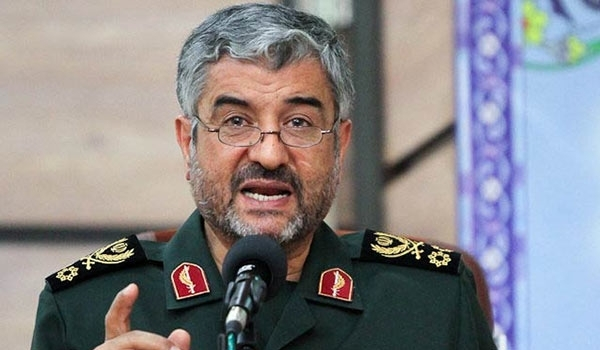 Photo of US Has to Relocate Regional Bases in Case of New Measures against Iran: Commander