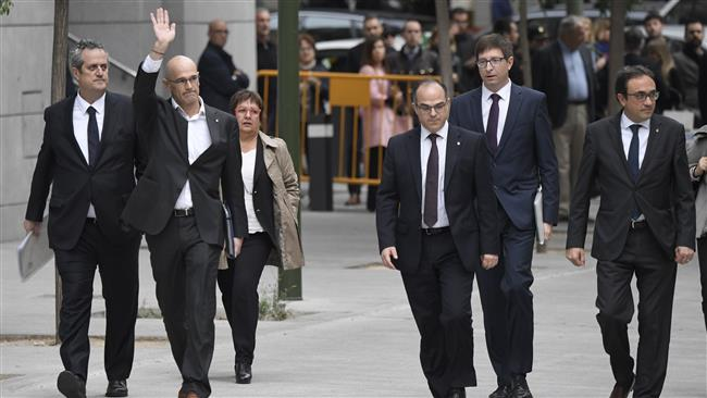 Photo of Spanish prosecutors seek jail terms for eight former Catalan leaders
