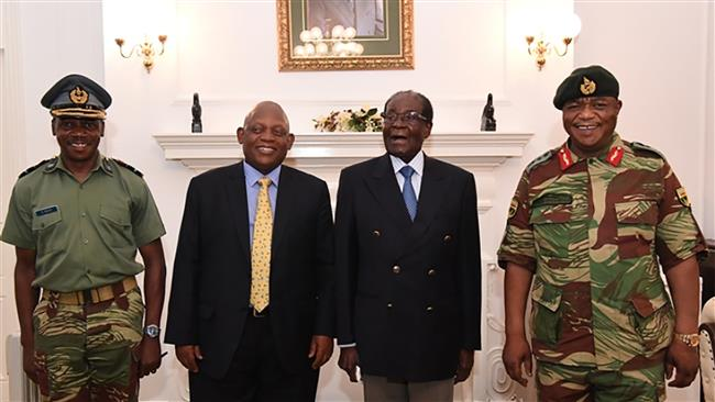 Photo of Mugabe makes first public appearance since coup