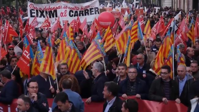 Photo of Uproar begins in another Spanish region: 60,000 rally in Spain's Valencia to demand better funding
