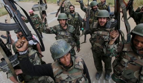 Photo of Large Number of Syrian Gov't Forces Pour into Northern Hama for Idlib Offensive