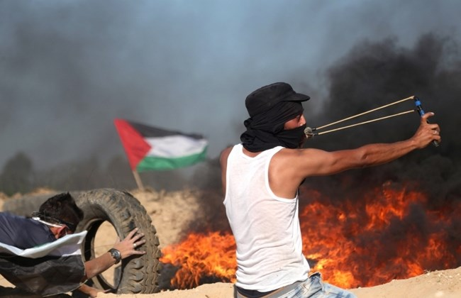 Photo of Intense clashes breakout after Palestinian shot dead by Israeli settler