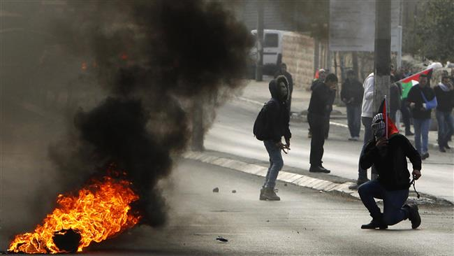 Photo of Fresh clashes erupt between zionist troops, Palestinians in West Bank