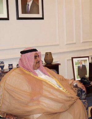 """Photo of Bahrain's Inhuman Zionist FM Considers Al-Quds """"Side Issue"""" and dealing with Islamic Republic  as priority"""