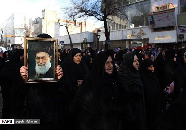 Photo of Photos- Ralliers in Northern Iran Voice Support for Islamic Establishment