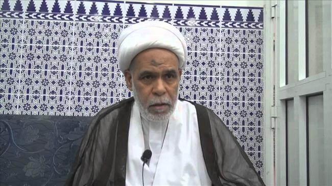 Photo of Rabid zionist Bahraini regime forces jail Prominent cleric for supporting Sheikh Isa Qassim