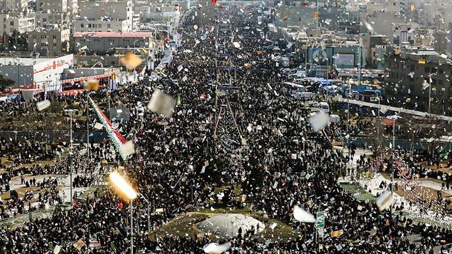Photo of Iranians mark anniversary of Islamic Revolution with nationwide rallies