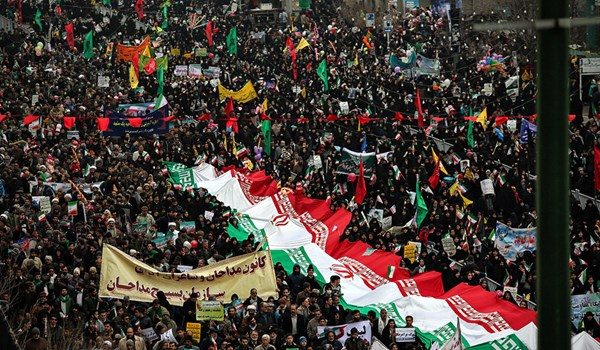 Photo of Massive Rallies Held across Iran to Mark Anniversary of Islamic Revolution Victory