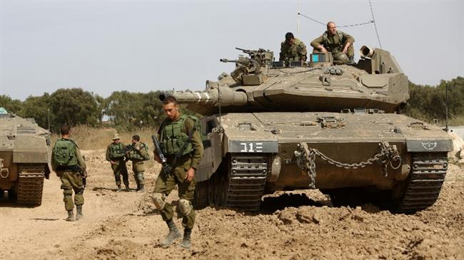 Photo of Israeli tanks shell two Hamas positions in besieged Gaza Strip